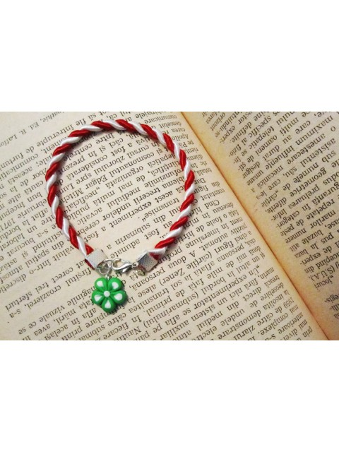 Martisor bratara floare verde