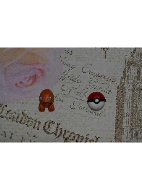 Cercei Pokemon Pokeball Charmander